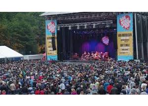 Facua Euskadi denuncia al BBK Music Legends Fest por impedir el acceso con comida y bebida