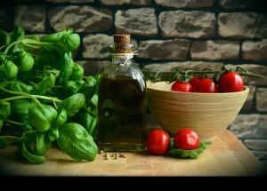 La dieta mediterránea también favorece la cartera del consumidor