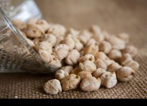 La falsa creencia de que engordan desploma el consumo de legumbres