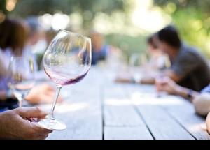 Los españoles elevan un 3,1% el consumo de vino en los hogares