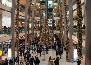 El consumo eléctrico en los hogares españoles aumenta más de un 30% durante la época navideña